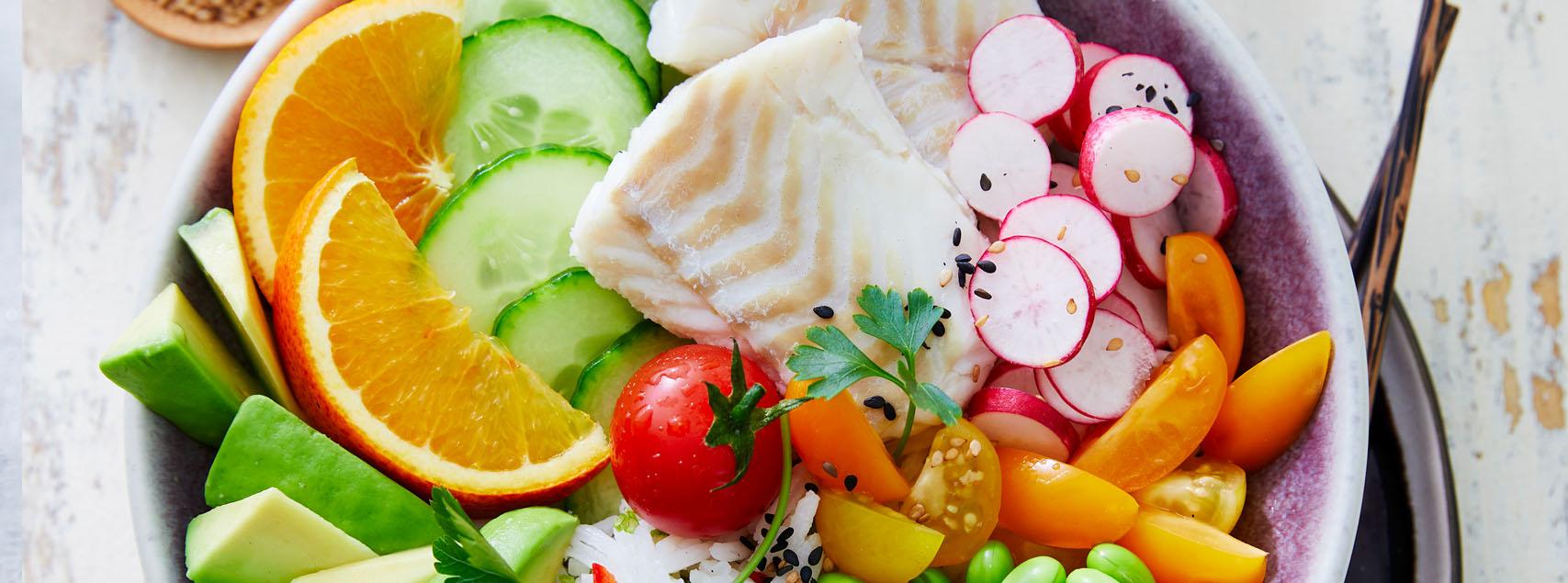 Bowl de cabillaud, riz et petits légumes