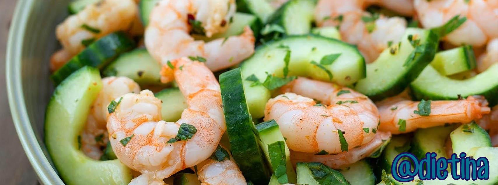 Salade de crevettes et concombre