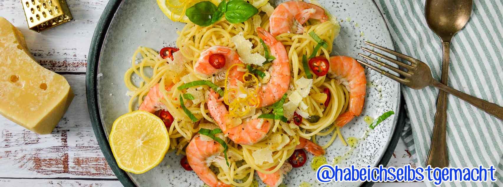 Spaghetti aux crevettes, sauce au citron